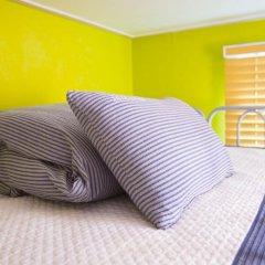KW Hongdae Hostel Стандартный семейный номер с двуспальной кроватью фото 5
