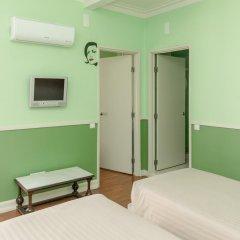 Hotel Leiria Classic - Hostel Стандартный семейный номер разные типы кроватей фото 6