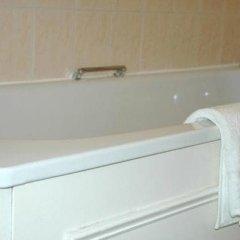 Отель Preston Park Hotel Великобритания, Брайтон - отзывы, цены и фото номеров - забронировать отель Preston Park Hotel онлайн ванная фото 2