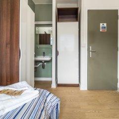Отель LSE Carr-Saunders Hall 2* Стандартный номер с различными типами кроватей (общая ванная комната) фото 5