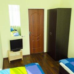 Хостел Достоевский Кровать в общем номере с двухъярусной кроватью фото 12