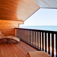 Гостиница Золотая бухта Бунгало с различными типами кроватей фото 17