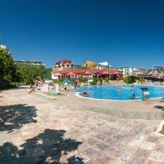 Отель ПМГ Грийн Форт Болгария, Солнечный берег - отзывы, цены и фото номеров - забронировать отель ПМГ Грийн Форт онлайн бассейн фото 3