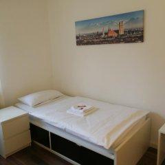 Отель Boardinghouse München-Laim Германия, Мюнхен - отзывы, цены и фото номеров - забронировать отель Boardinghouse München-Laim онлайн комната для гостей фото 2