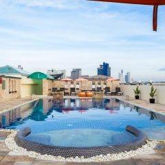 Отель Amari Nova Suites бассейн фото 3
