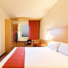 Zhongshan The Center Hotel 3* Стандартный номер с двуспальной кроватью фото 5