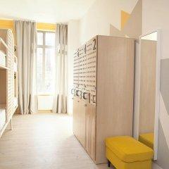Хостел Netizen Кровать в мужском общем номере двухъярусные кровати фото 11
