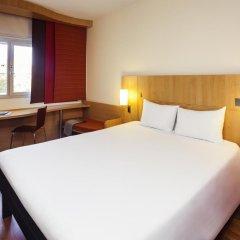 Hotel ibis Madrid Aeropuerto Barajas 2* Стандартный семейный номер с двуспальной кроватью фото 5