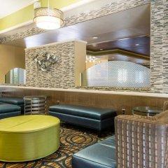 Отель Comfort Inn & Suites near Universal Orlando Resort интерьер отеля