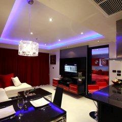 Отель Absolute Bangla Suites 4* Люкс с различными типами кроватей