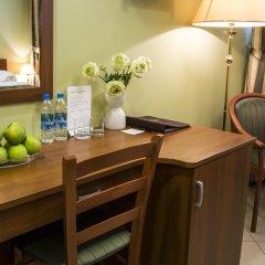 Малетон Отель 3* Стандартный номер с двуспальной кроватью фото 4
