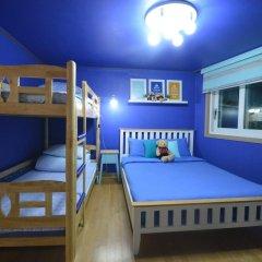 Отель Han River Guesthouse 2* Семейная студия с двуспальной кроватью фото 29