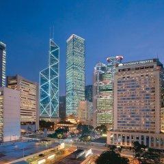 Отель Mandarin Oriental, Hong Kong 5* Стандартный номер с различными типами кроватей фото 3