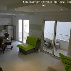 Апартаменты Apartments Rafailovici комната для гостей фото 5