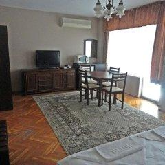 Отель Guest Rooms Casa Luba Номер Делюкс фото 5