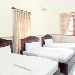 Отель Mr Tran (Blue Motel) 2* Стандартный семейный номер с двуспальной кроватью фото 3
