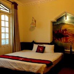 Hue Home Hotel 3* Номер Делюкс с различными типами кроватей фото 5
