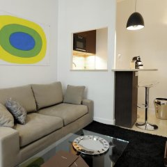Апартаменты HELZEAR Montorgueil Marais Apartments комната для гостей фото 2