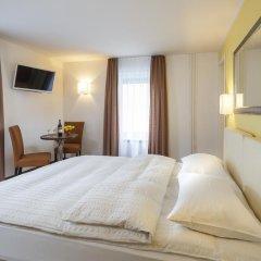 Отель APARTHOTEL Familie Hugenschmidt 3* Номер с общей ванной комнатой с различными типами кроватей (общая ванная комната) фото 4