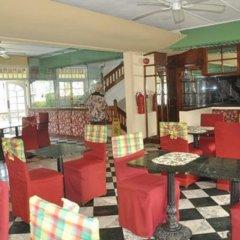 Апартаменты Apartments at Sandcastles Resort Ocho Rios интерьер отеля