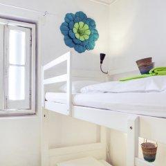 Lisbon Chillout Hostel Кровать в общем номере фото 28