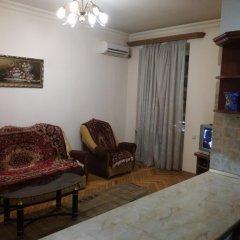 Отель RetroCity at Komitas Avenue Apartment Армения, Ереван - отзывы, цены и фото номеров - забронировать отель RetroCity at Komitas Avenue Apartment онлайн комната для гостей фото 2