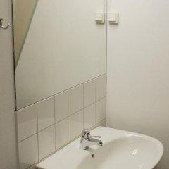Отель City Lodge Stockholm Швеция, Стокгольм - 1 отзыв об отеле, цены и фото номеров - забронировать отель City Lodge Stockholm онлайн ванная
