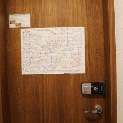 Отель Tourinn Harumi сейф в номере