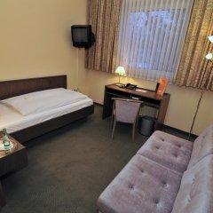 Hotel Astra 3* Стандартный номер с различными типами кроватей фото 3