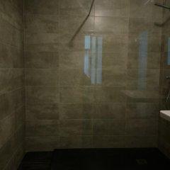 Отель Hostal Mara Испания, Ла-Корунья - отзывы, цены и фото номеров - забронировать отель Hostal Mara онлайн ванная фото 2