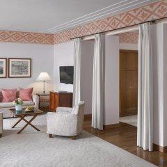 Four Seasons Hotel Milano 5* Представительский люкс с двуспальной кроватью фото 7