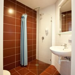 Green Vilnius Hotel 3* Стандартный номер с двуспальной кроватью фото 6