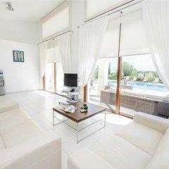 Отель Oceanview Villa 069 Кипр, Протарас - отзывы, цены и фото номеров - забронировать отель Oceanview Villa 069 онлайн комната для гостей фото 3