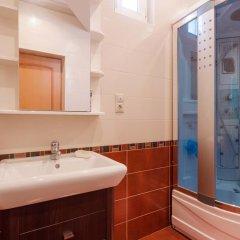 Hostel Like Sochi Кровать в общем номере с двухъярусной кроватью