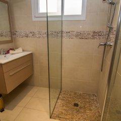 Отель Agi Joan Margarit Испания, Курорт Росес - отзывы, цены и фото номеров - забронировать отель Agi Joan Margarit онлайн ванная