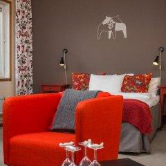 Отель Hotell Fridhemsgatan 3* Стандартный семейный номер с различными типами кроватей фото 15