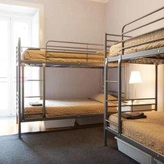 Hostel DP - Suites & Apartments VFXira Кровать в общем номере с двухъярусной кроватью