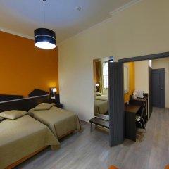 Отель Pensao Praca Da Figueira Лиссабон комната для гостей фото 2