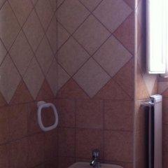 Отель San Daniele Bundi House ванная фото 2