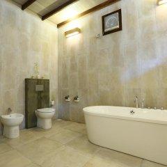 Отель Kihaa Maldives Island Resort 5* Вилла разные типы кроватей фото 13