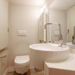 Отель Gold Spanish's Steps ванная фото 2