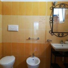 Отель Domus Sarda Кастельсардо ванная