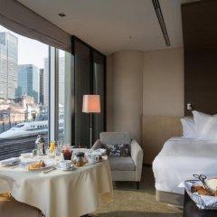 Four Seasons Hotel Tokyo at Marunouchi в номере