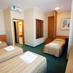 Hotel Dei Fiori 3* Стандартный номер с различными типами кроватей фото 4