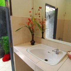 Отель Lanta Nice Beach Resort 3* Бунгало Делюкс