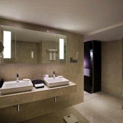 Отель The LaLiT New Delhi 5* Номер Делюкс с различными типами кроватей
