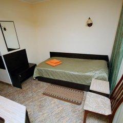 Гостиница Планета 2* Стандартный номер с 2 отдельными кроватями (общая ванная комната) фото 2
