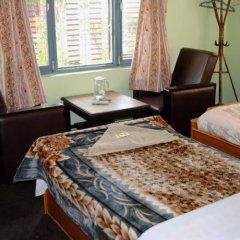 Отель Yokohama Непал, Покхара - отзывы, цены и фото номеров - забронировать отель Yokohama онлайн комната для гостей фото 2