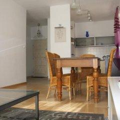 Отель Barbakan Apartament Old Town Улучшенные апартаменты с различными типами кроватей фото 3