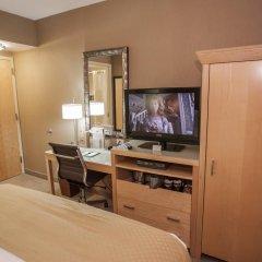 Отель DoubleTree by Hilton - Chelsea США, Нью-Йорк - 8 отзывов об отеле, цены и фото номеров - забронировать отель DoubleTree by Hilton - Chelsea онлайн удобства в номере